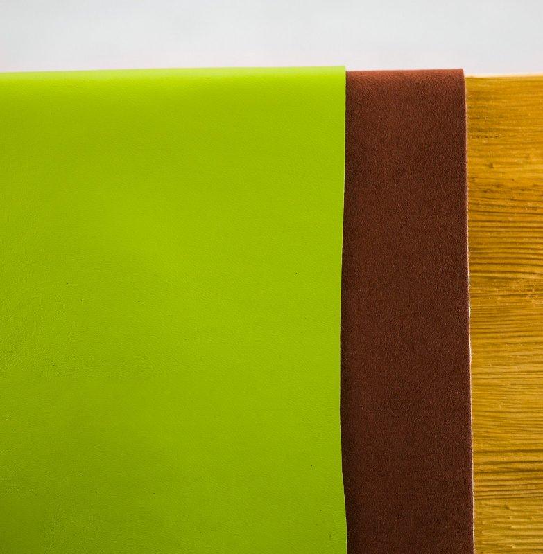 Leder & Alcantara® farbig