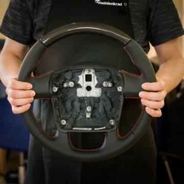 Das Lenkrad für Fiat Ducato Wohnmobil im Carbon Look
